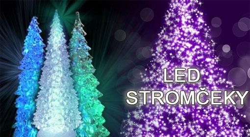 Svietiaci LED vianočný stro...