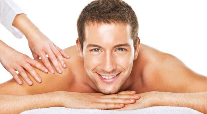 Liečebná reflexno-akupresúrna masáž krížov a kĺbov v salóne Perfect Body.